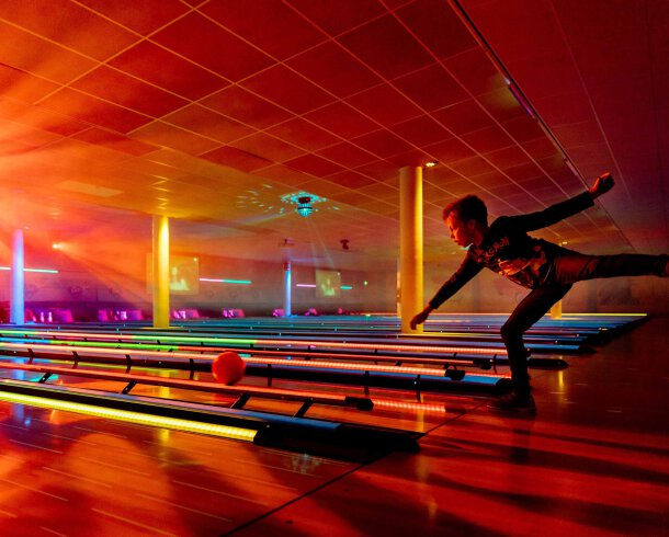 Roll and bowl